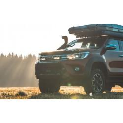 Kit d'intégration LAZER Toyota Hilux 2017+ (Inclus: 2x barres Triple-R 750 Std, 1x kit d'intégration, 1x cablâge)